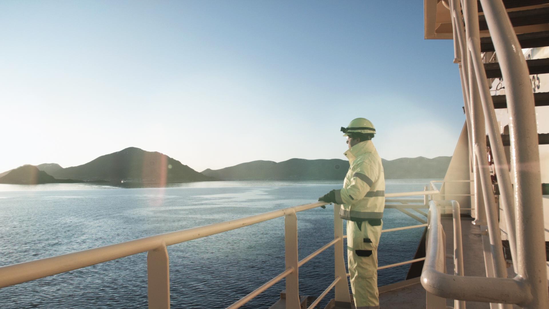 Crew - Maersk Master.jpg